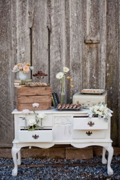 25-beautiful-and-practical-ways-to-use-a-vintage-dresser-in-your-wedding-2-500x750.jpg
