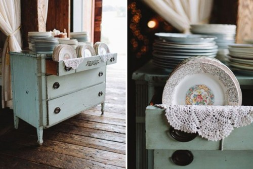 25-beautiful-and-practical-ways-to-use-a-vintage-dresser-in-your-wedding-20-500x334.jpg