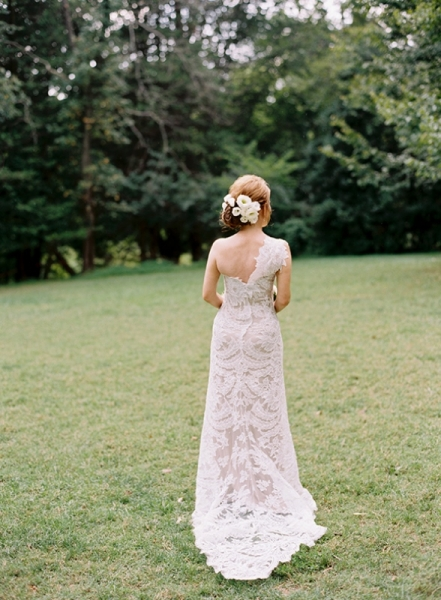 elegant-and-romantic-woodland-wedding-inspiration-10.jpg