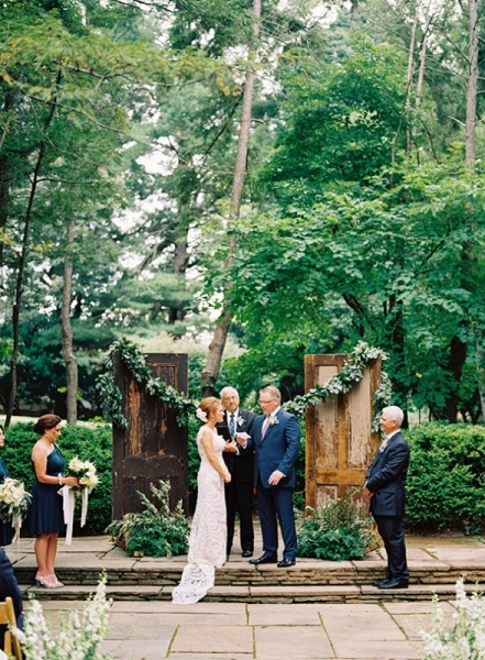elegant-and-romantic-woodland-wedding-inspiration-12.jpg