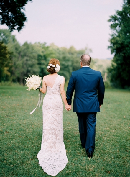 elegant-and-romantic-woodland-wedding-inspiration-15.jpg