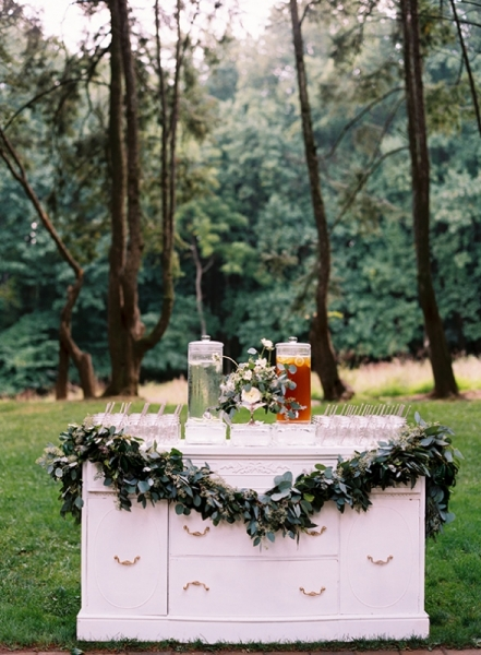 elegant-and-romantic-woodland-wedding-inspiration-6.jpg