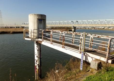 中川の水位観測所・三郷(1)