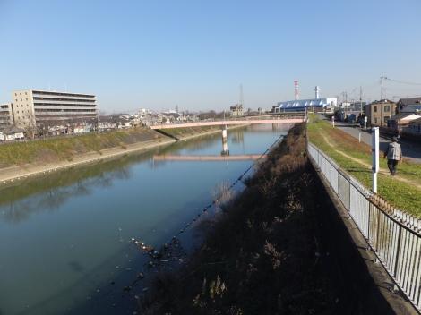 三郷放水路・八丁堀橋付近