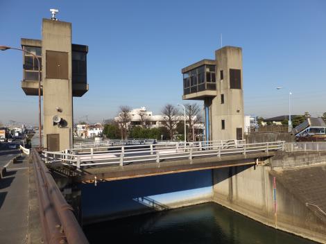 大場川水門