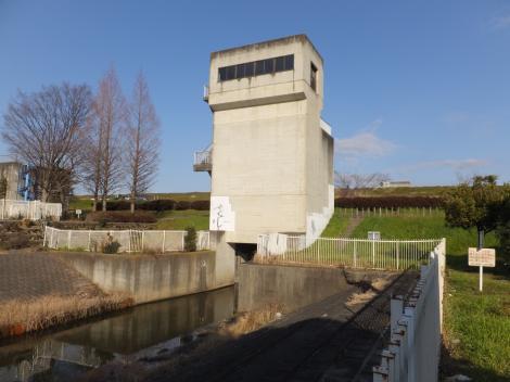 南畑排水機場・排水樋管