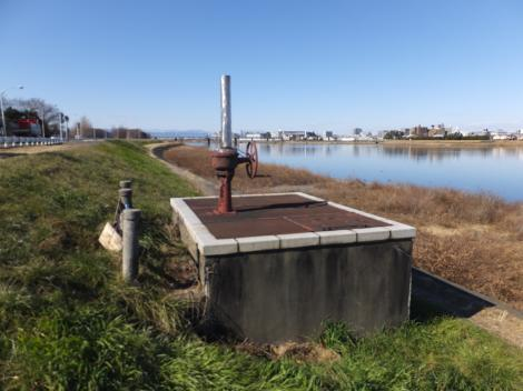 稲田水源地伏流水集水埋管施設