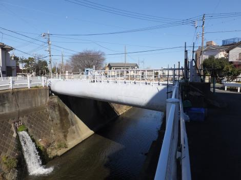 三沢川を渡る川崎水道水管橋