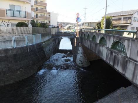 二ケ領用水路に河川が合流・台和橋