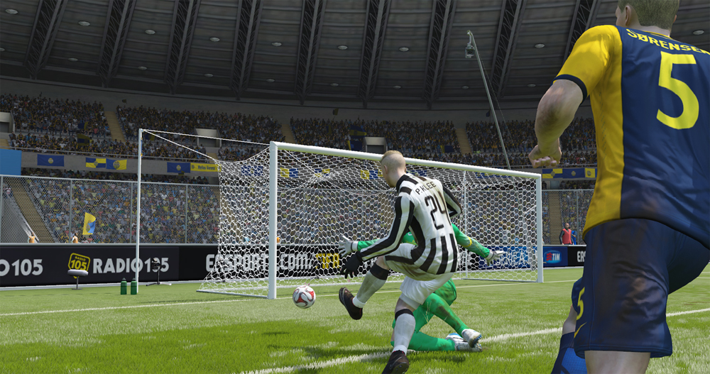 EA SPORTS FIFA 15 2015_12_16 14_33_10