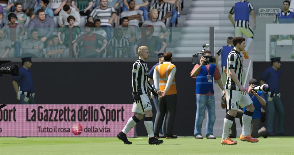 EA SPORTS FIFA 15 2015_12_16 23_00_39