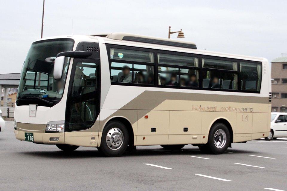 KM観光バス 102