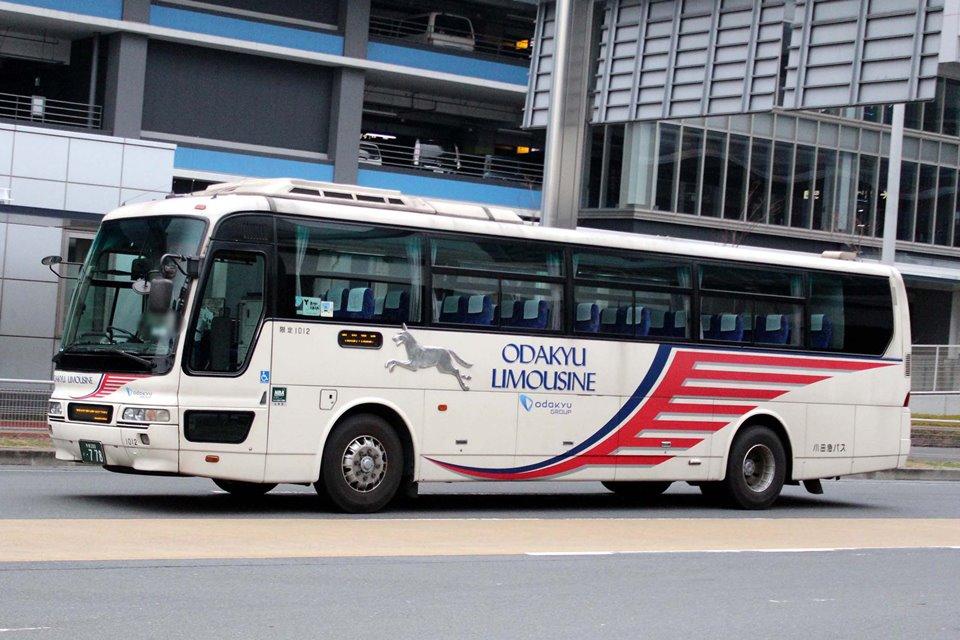 小田急バス 1012