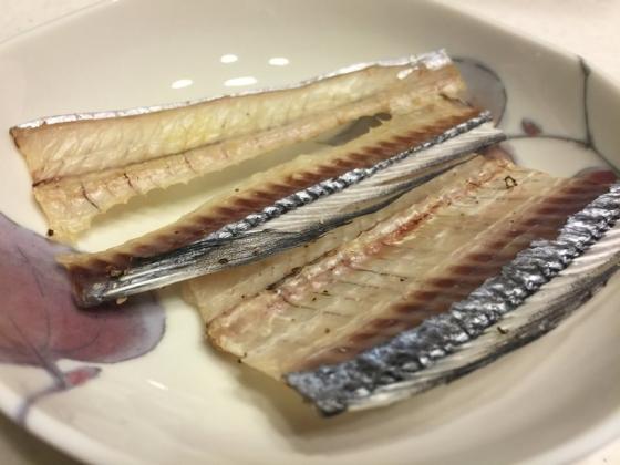 20151221012_干しあがった太刀魚