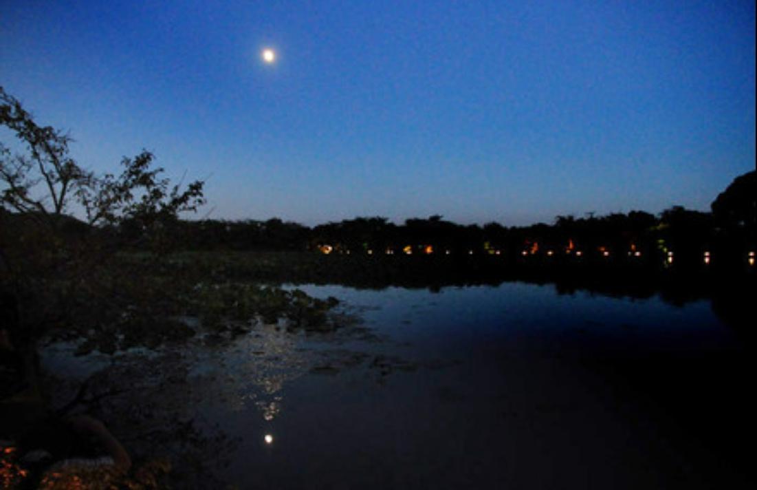 大覚寺の月