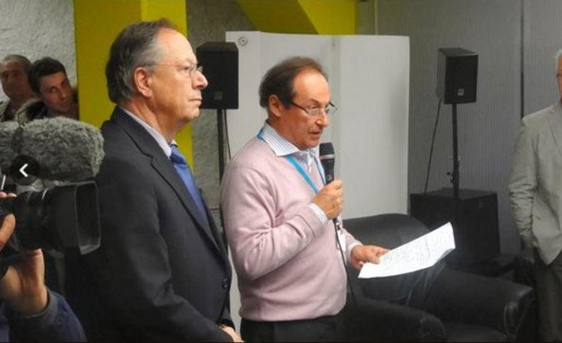 TEB中止⑤ピーター・クリック(左)とフランス連盟ディディエ・ガイアゲ会長
