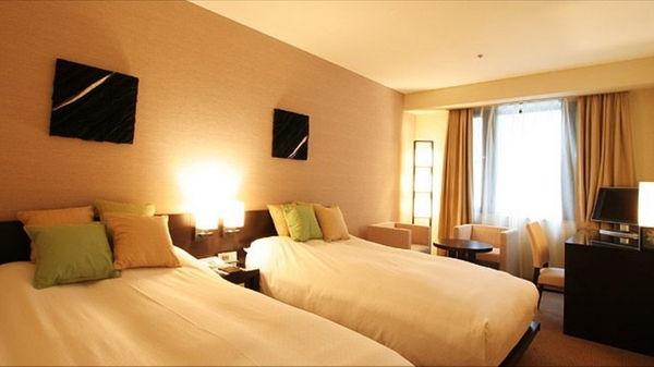 hotelstoricks.jpg