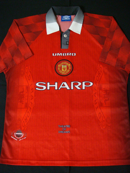 96/98 MANCHESTER UNITED (H)
