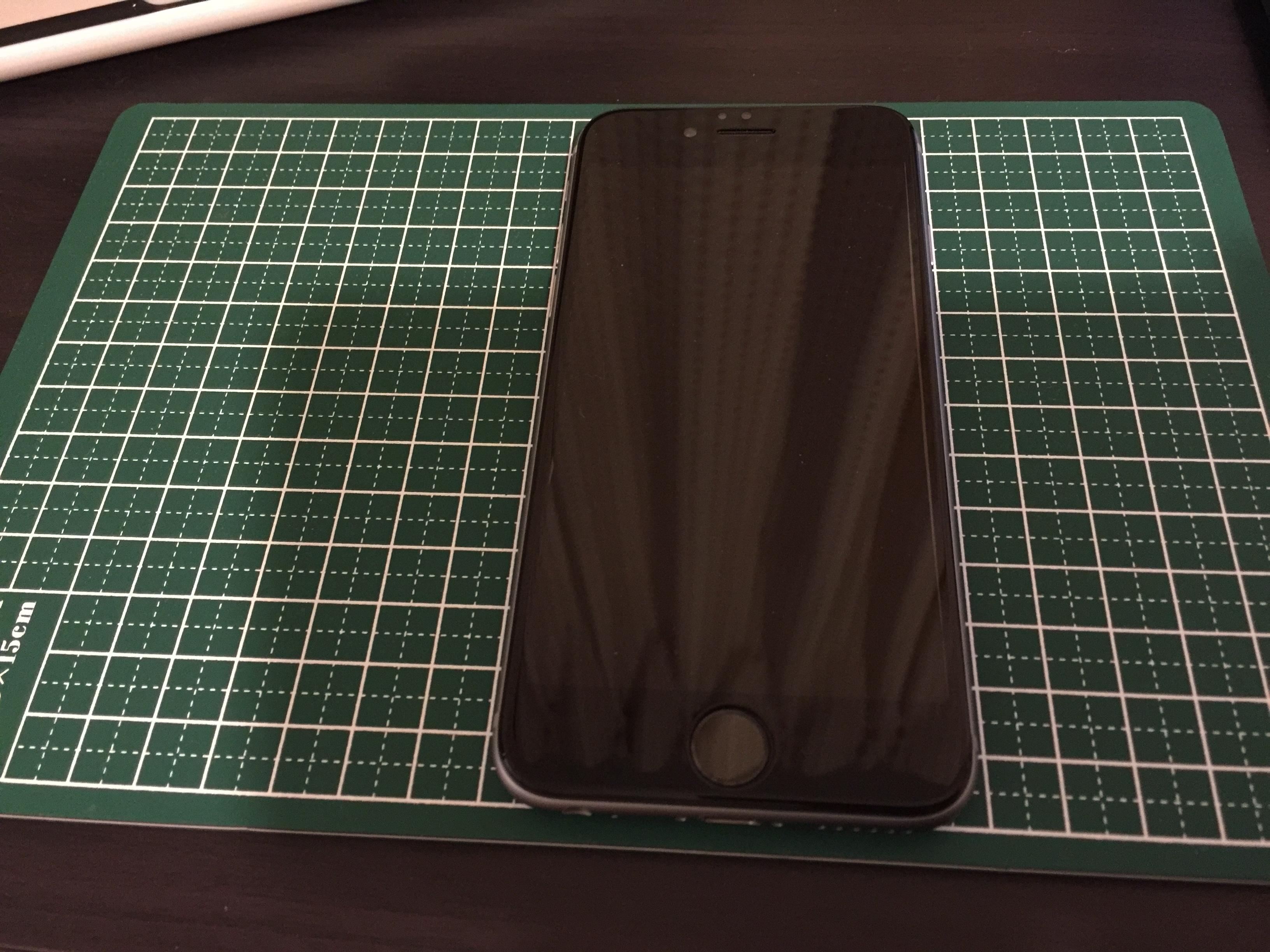 iPhone画面フィルム1