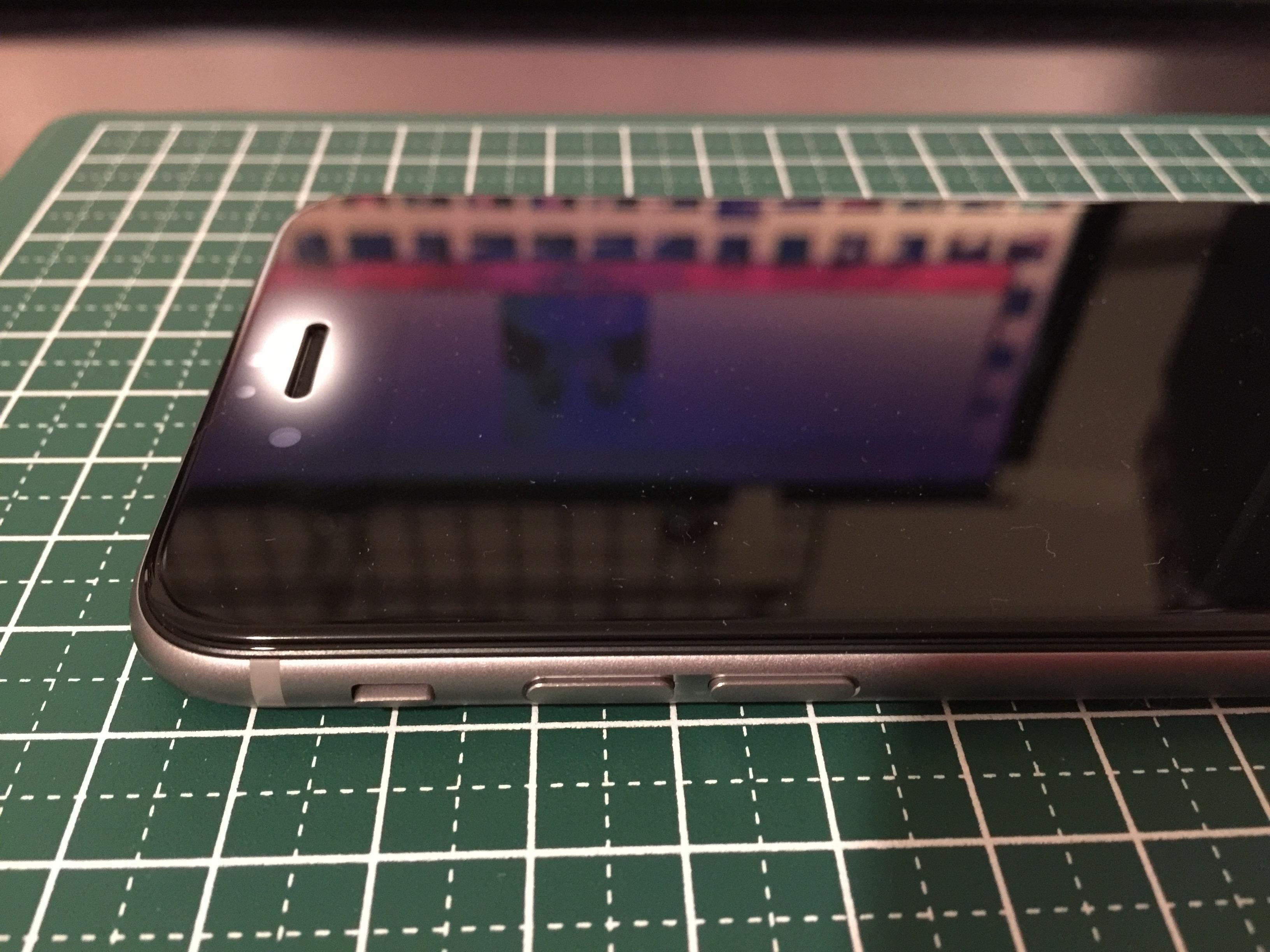 iPhone画面フィルム4