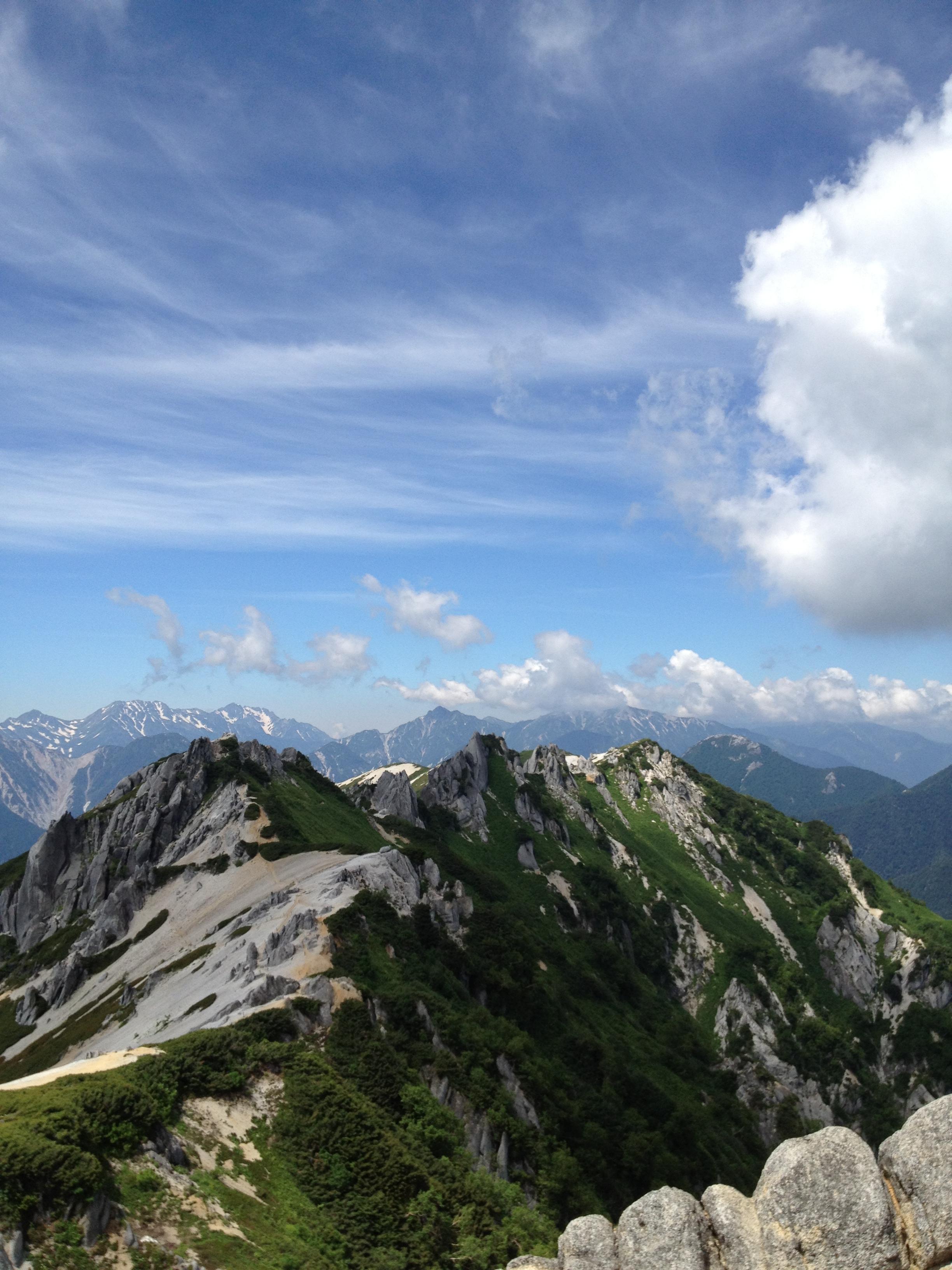 燕岳山容1