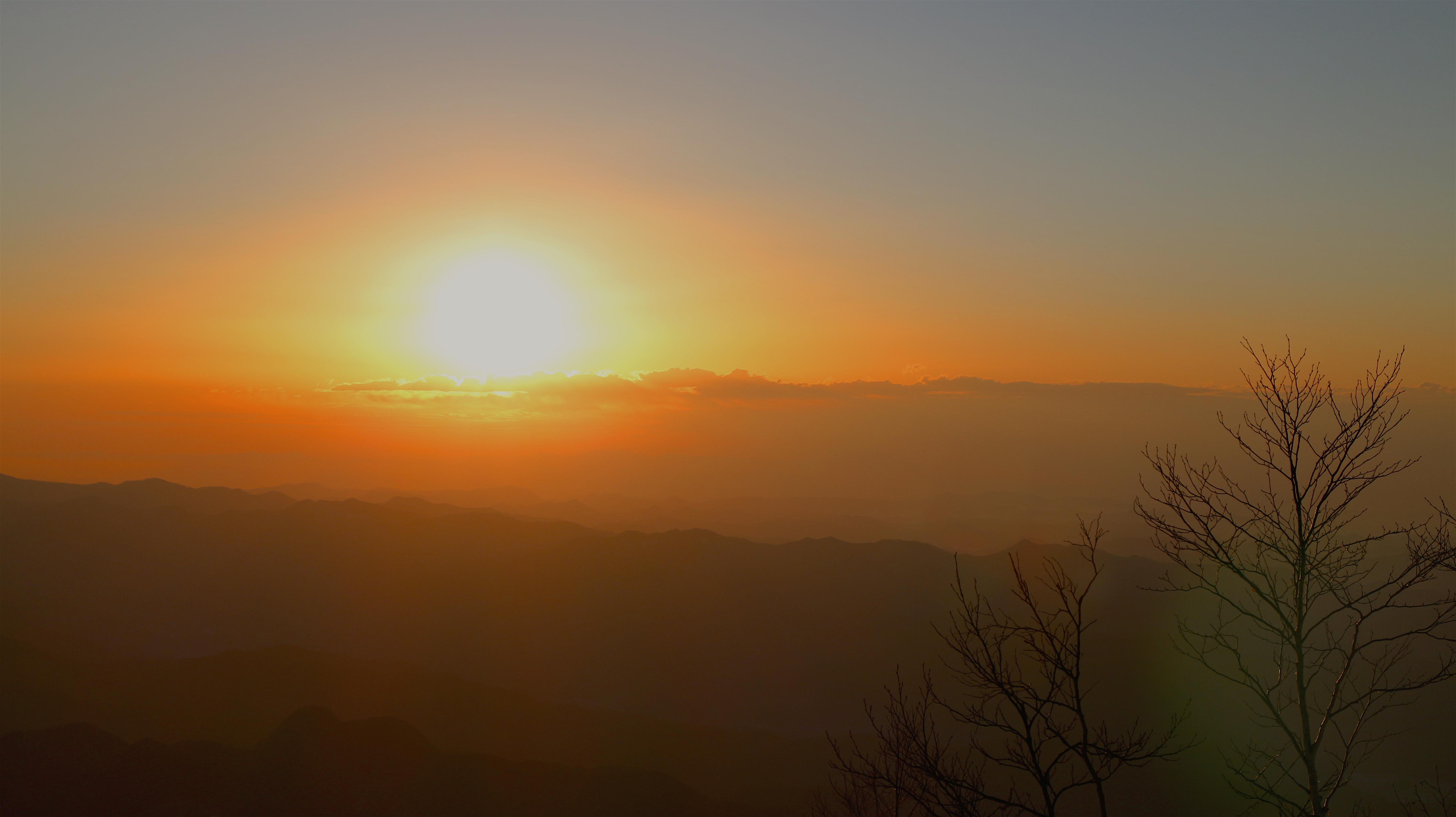 赤城山より日の出