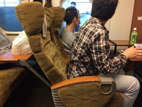 13新幹線シート