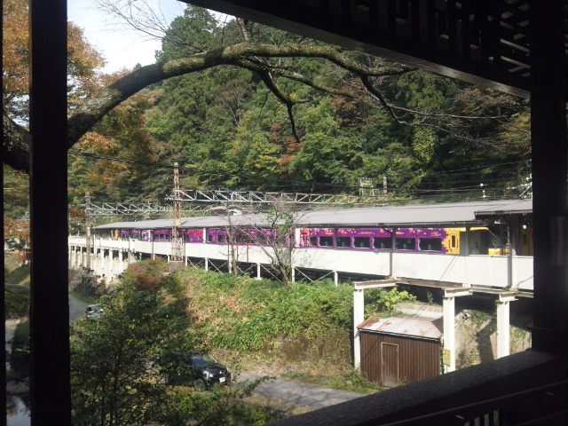 極楽橋駅②