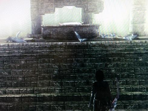 古の祠の鳩たち