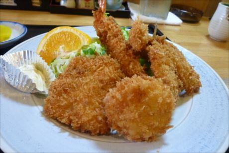 ミックスフライ定食in芦別 とん勝 (5)_R