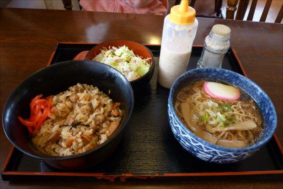 鶏めし+ラーメンinレストラン若葉 (8)_R