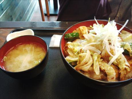 06 回鍋肉丼