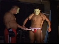 マスクの格闘系達が拘束SMチックなエロを展開してフィストまでブッ込む!!【薄消し】