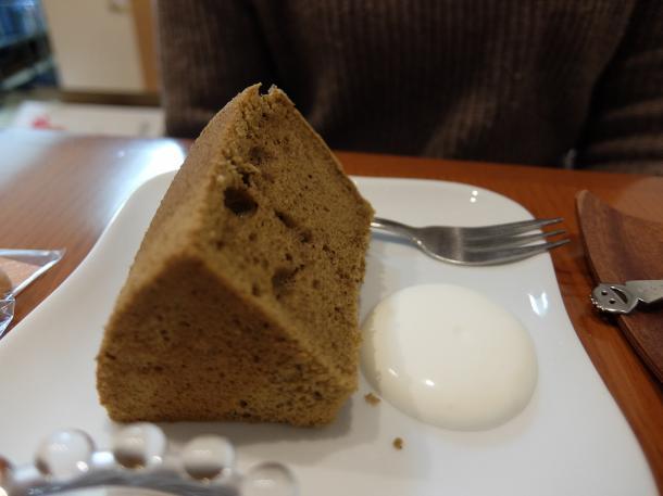 ほうじ茶のシフォンケーキ