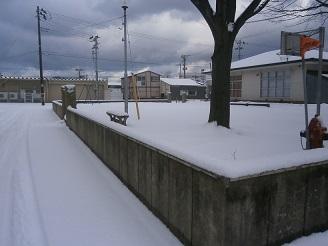 雪のあさ2