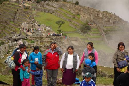 マチュピチュに来たペルーの人々