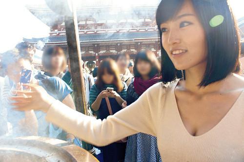山本彩、第3弾写真集「みんなの山本彩」発売 素顔のさや姉、ファンが激写!