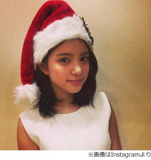 """川島海荷、微笑み浮かべるキュートな""""サンタ姿""""を披露 「かっ、かわいい!!」「きゃわわ」の声"""