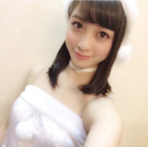 天使すぎるアイドル・橋本環奈の真っ白なサンタコスプレが「可愛すぎて死ぬレベル」だと話題に 「これ人間?」 「100%天使」