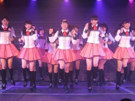 NGT48 専用劇場で初公演!センターかとみな 紅白目標宣言