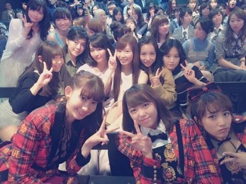 元AKB48成田梨紗、こじはるら同期メンバーとの写真掲載「変わらない顔がいっぱいあった」