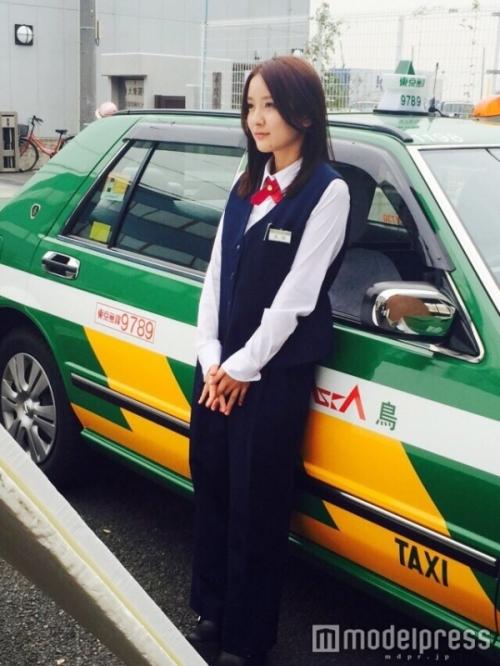 美人すぎるタクシードライバー生田佳那(24)、水着姿を初披露