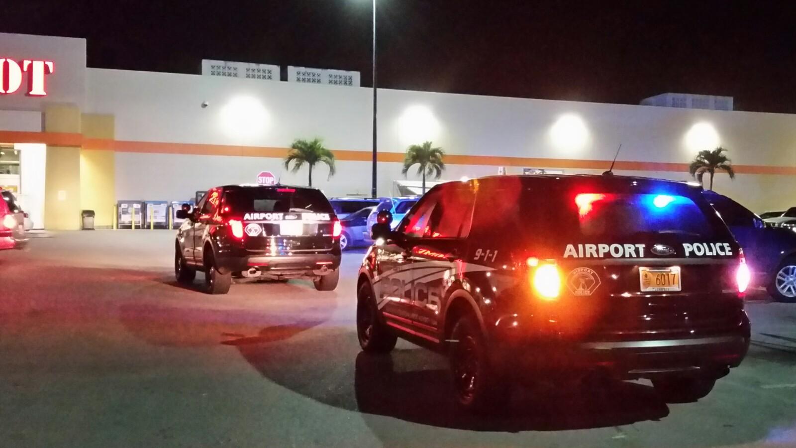 アメリカグアム Airport Police Rear