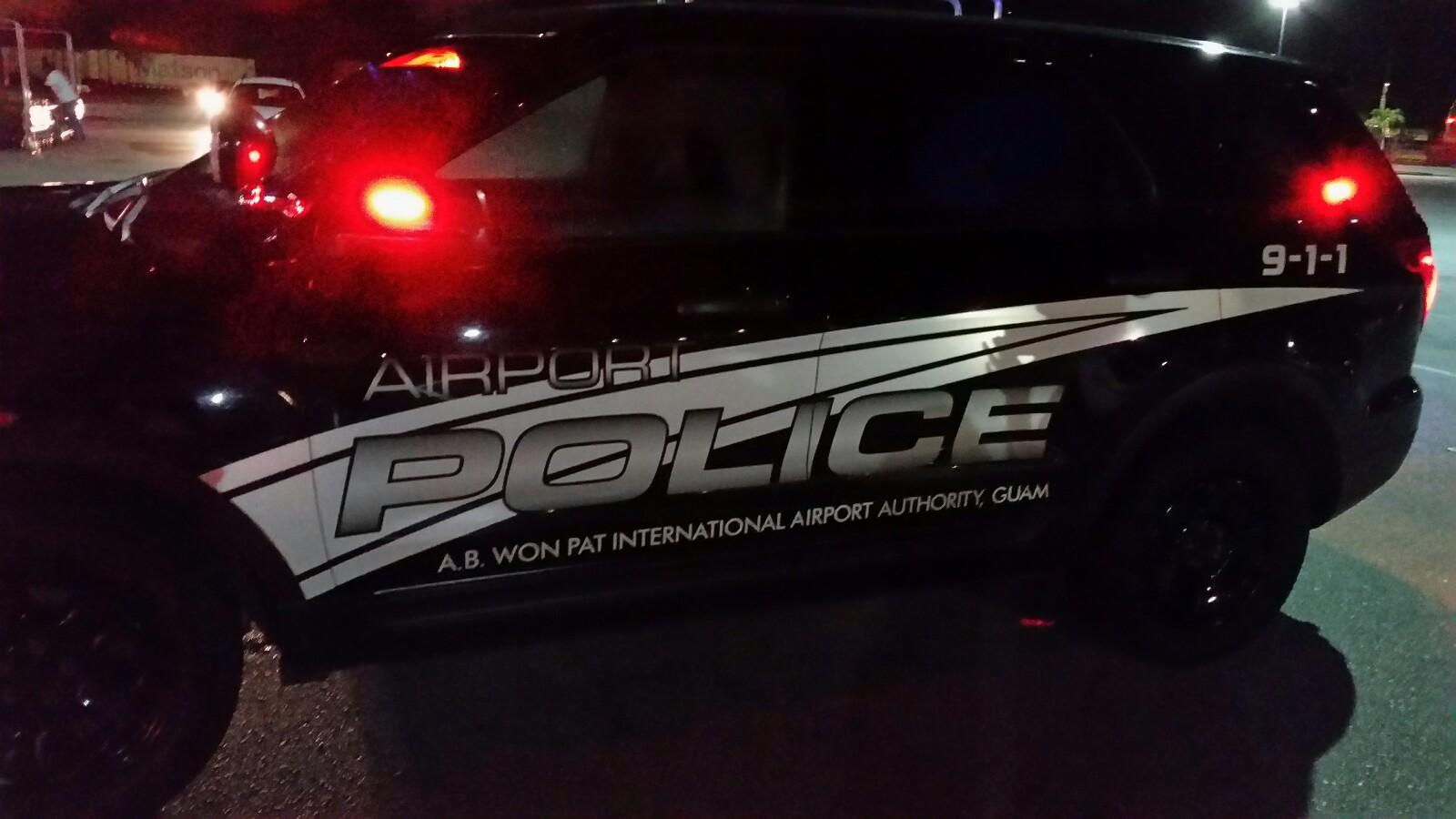 アメリカグアム Airport Police Side