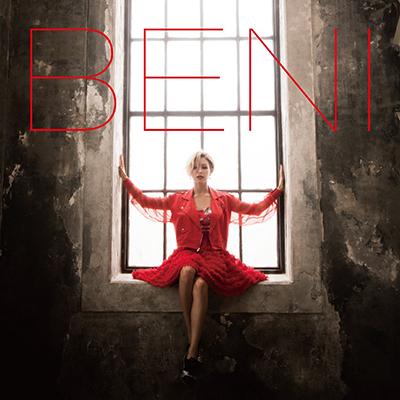 BENI「Red」(初回限定盤)(DVD付)