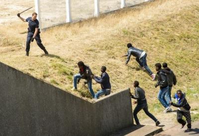 英仏海峡 移民の侵入