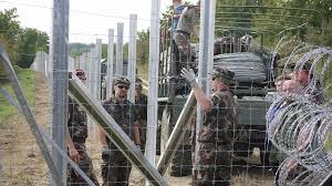 ハンガリー 国境封鎖 難民対策