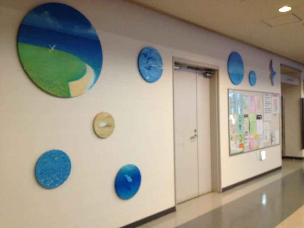 横浜市立大学病院の待合室