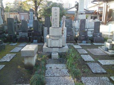 本因坊歴代の墓