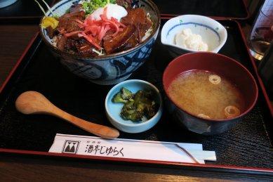 豚角煮丼@850円